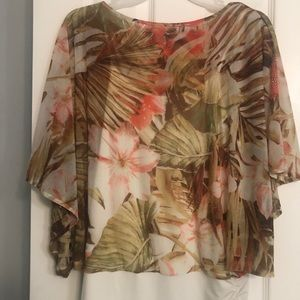 JLo Never worn without tags blouse